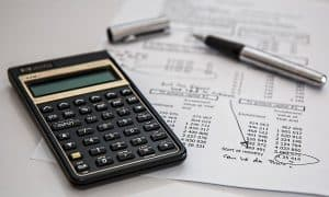 Difference between Financial accounting and Cost Accounting ?