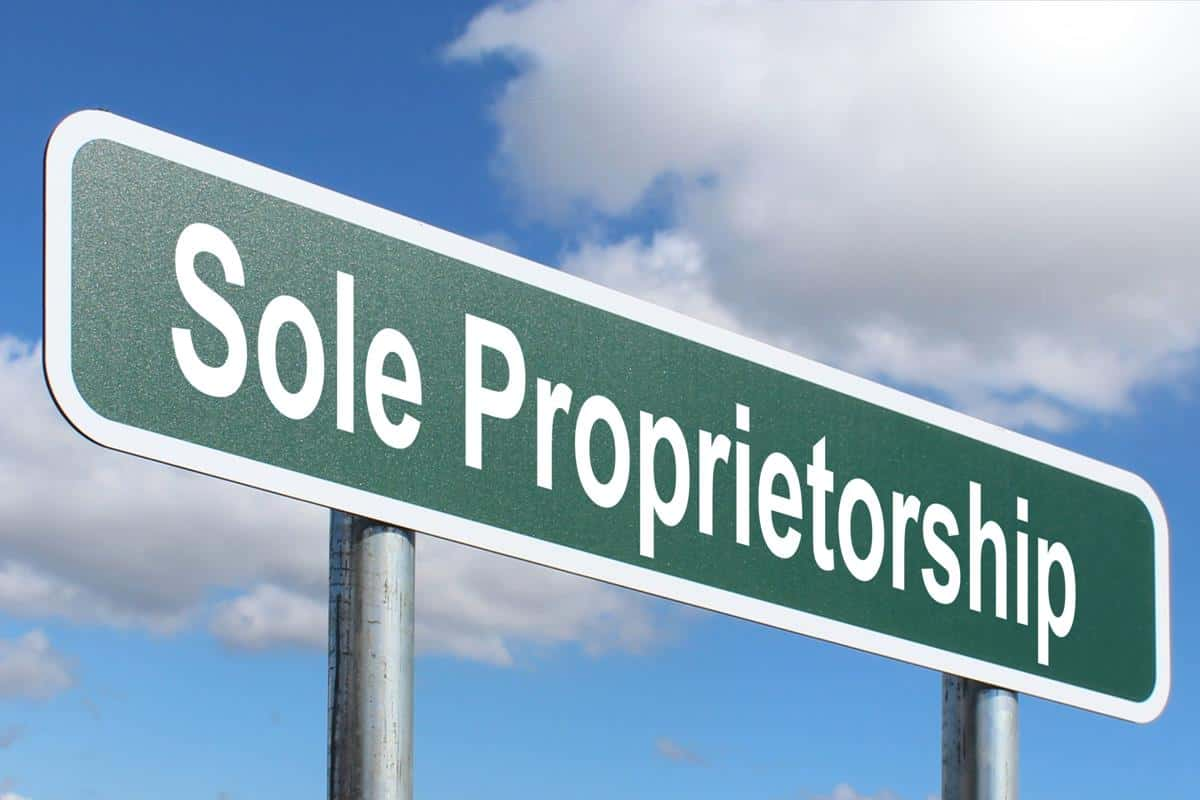 Advantages and disadvantages of Sole Proprietorship