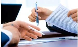 The Pros and Cons of Bundling Insurance Policies